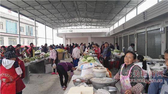 悦乐镇首个综合农贸市场投入运营