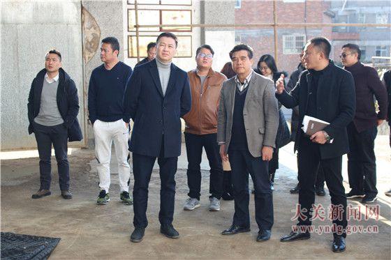 共青团中山市委书记李凯航到我县考察